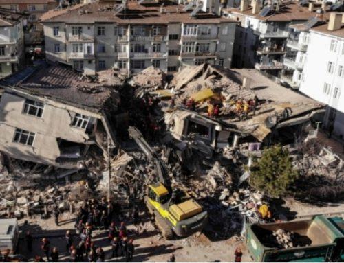 Deprem anında kesintisiz iletişimin yolu : Uydu Telefonu
